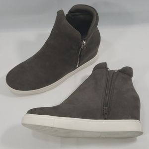 Madden Girl Gray Wedge Sneaker 9½  color: Suede